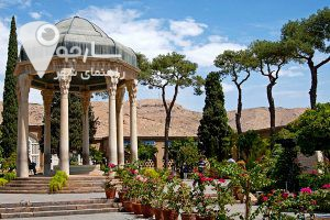 حافظیه :یکی از جاهای دیدنی شیراز در عید