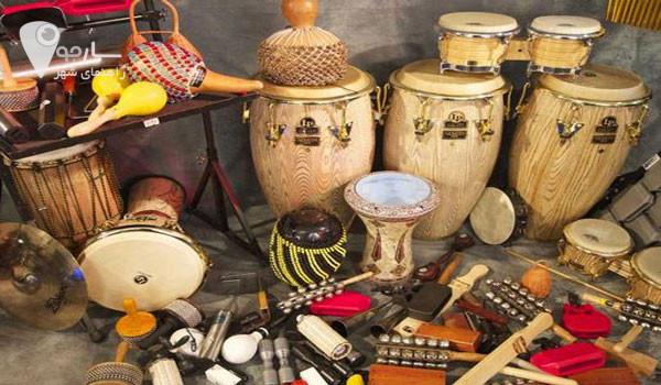 ساز های کوبه ای با بهترین اساتید در اموزشگاه موسیقی در شیراز اموزش داده میشود .
