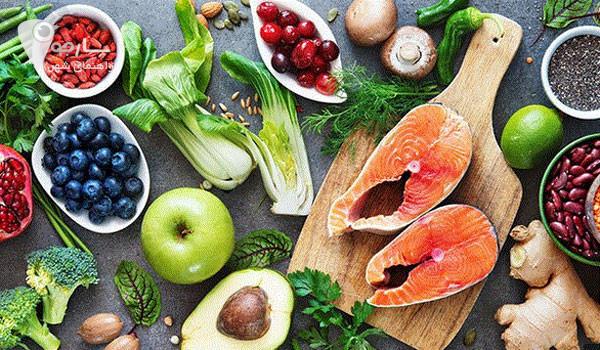 مواد غذایی طبیعی بر روحیه افراد تاثیر مثبی دارد.