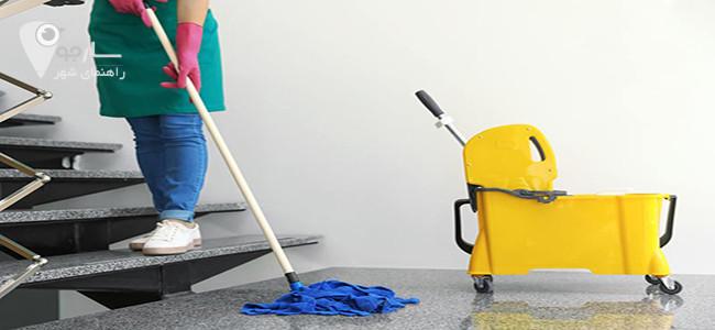 پرستار سالمند در امور خانه باید مشارکت کند