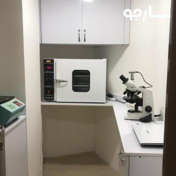 نمایی از اتاق آزمایشگاه گیتی شیراز