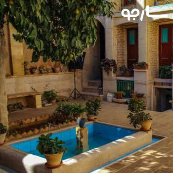 اقامتگاه بومگردی لوتوس شیراز